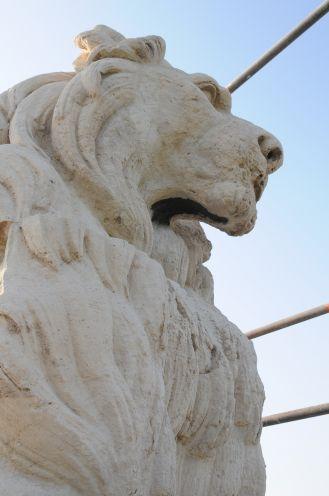 restauration lion pont de lunnel