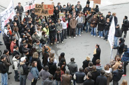 manifestation etudiants IUT