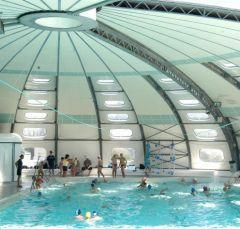 Arles info aller la piscine pendant les vacances for Aller a la piscine