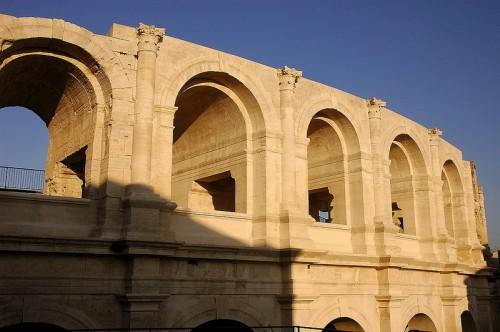 Après dix années de travaux, la couronne extérieure de l'Amphithéâtre est totalement réhabilitée