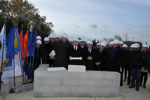 Pose de la 1ere pierre du nouveau siege du Symadrem à Fourchon
