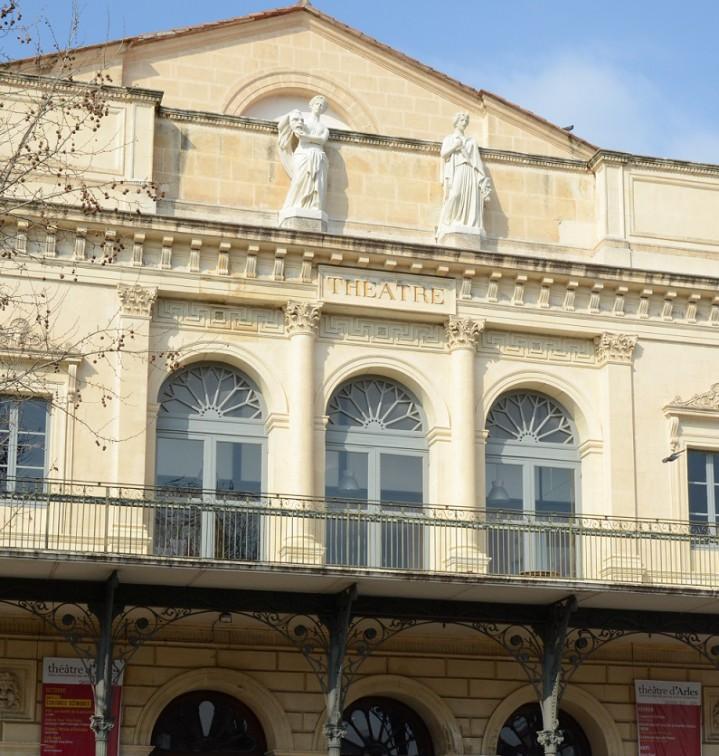 ceremonie restitution statues theatre db