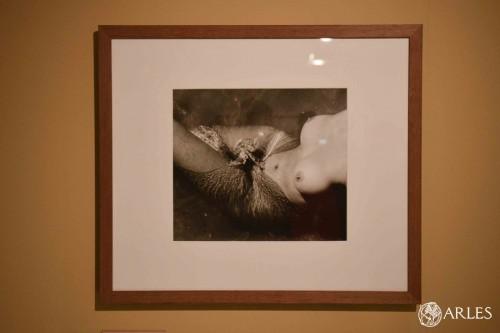 S'il ne devait en retenir qu'une seule... Lucien Clergue a confié que ce serait ce nu. photo Romain Boutillier, ville d'Arles