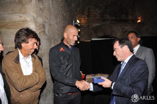 Zinedine Zidane aux arènes d'Arles