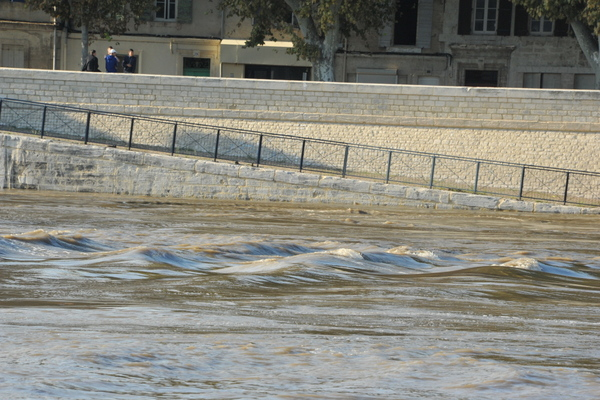 Rhône en crue - Photo Patrick Mercier / Ville d'Arles