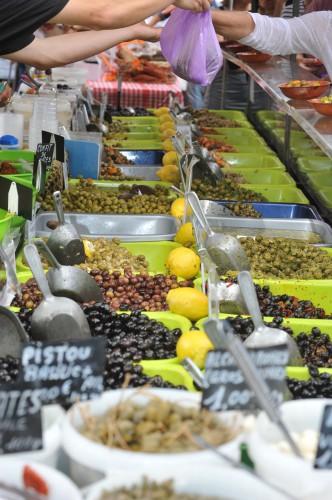 marche primeurs d arles pm fruits et legumes illustration
