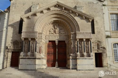 L'ancien curé mis en examen pour avoir volé des objets sacrés — Arles