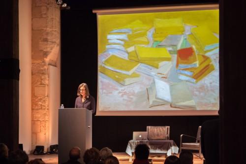 """""""Pile de romans français"""", le tableau de Van Gogh qui est exposé pour un an à la Fondation, avait été présenté lors du Symposium Van Gogh-Duchamp, organisé en février dernier. photo O. Quérette/ektado/ville d'Arles."""