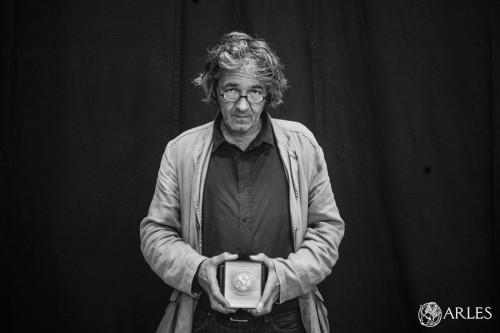 L'architecte du Mucem a reçu la Médaille de la Ville à l'occasion du Salon international des professionnels des patrimoines à Arles. photo R. Boutillier, ville d'Arles