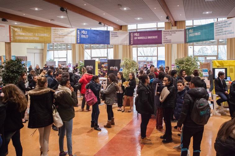 ArlesCampus au Palais des Congrés d'Arles