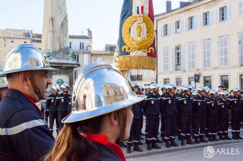 Prise de commandement de M. Didier Margotto, nouveau commandant du centre de secours d'Arles.