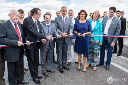 Inauguration par Mde Martine Vassal et Hervé Schiavetti du dernier tronçon du contournement est d'Arles