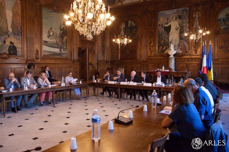 Présentation des nouvelles aides de l'Etat allouées à la ville d'Arles