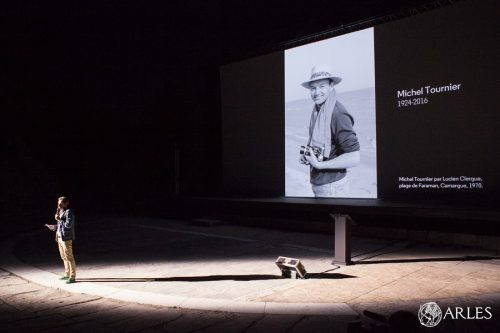 Projection et remise de prix lors la nuit de la photo des RIP 2016 au théatre antique d'Arles.