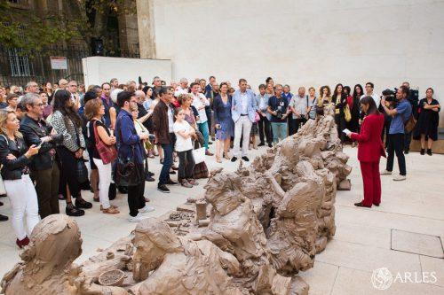 Vernissage de l'exposition Urs Fischer à la fondation Vincent Van Gogh Arles.