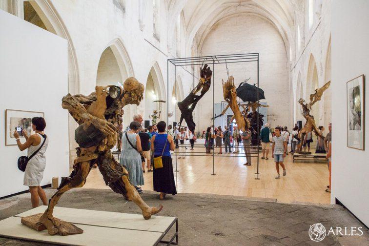 Vernissage de l'exposition de Pierre dela Giustina à la chapelle Sainte Anne à Arles