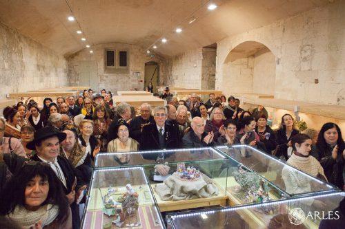 Inauguration du 59ème salon des santonniers au cloître Saint-Trophime à Arles